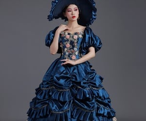 renaissance dress, southern belle dress, and revolutionary ball gown image