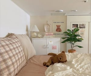aesthetic, bear, and bed image
