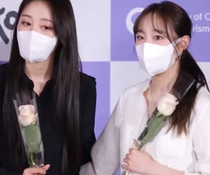 yves, loona, and lq yves image