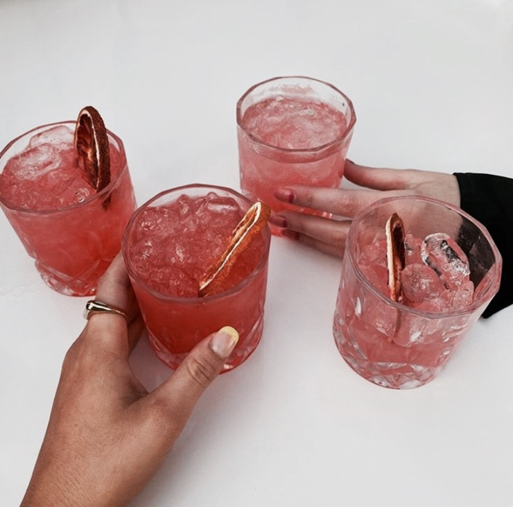 drinks and FRUiTS image