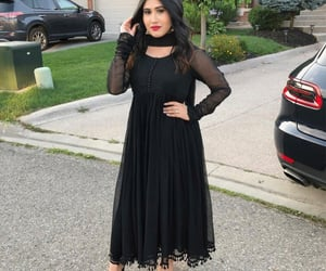 eid, black outfit, and brown girls image