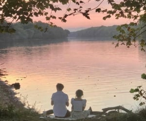 couple and sunset image