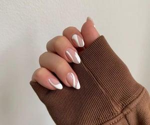 beige elegant nail inspiration