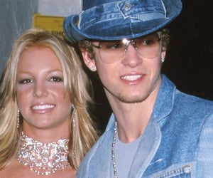 britney, outfit, and jeans outfit image