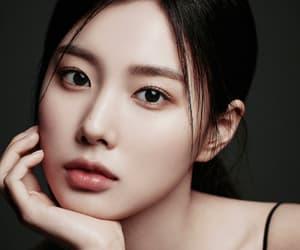 visual, hyewon, and femaleidolsedit image