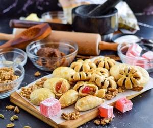 Cookies, الُعّيّدً, and العراق  image