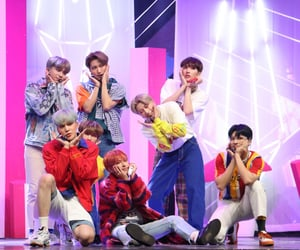 illusion, wave, and ateez image