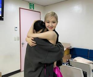 rose, lalisa manoban, and kpop image