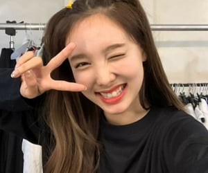 Nayeon unfiltered icons