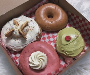 donuts, food, and food porn image