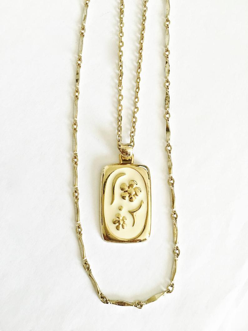 accessories, rectangular, and flower pendant image