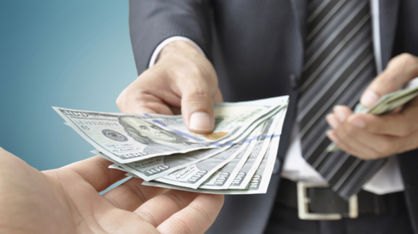 article and instant personal loan image