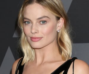 celeb, margot robbie, and governors awards image