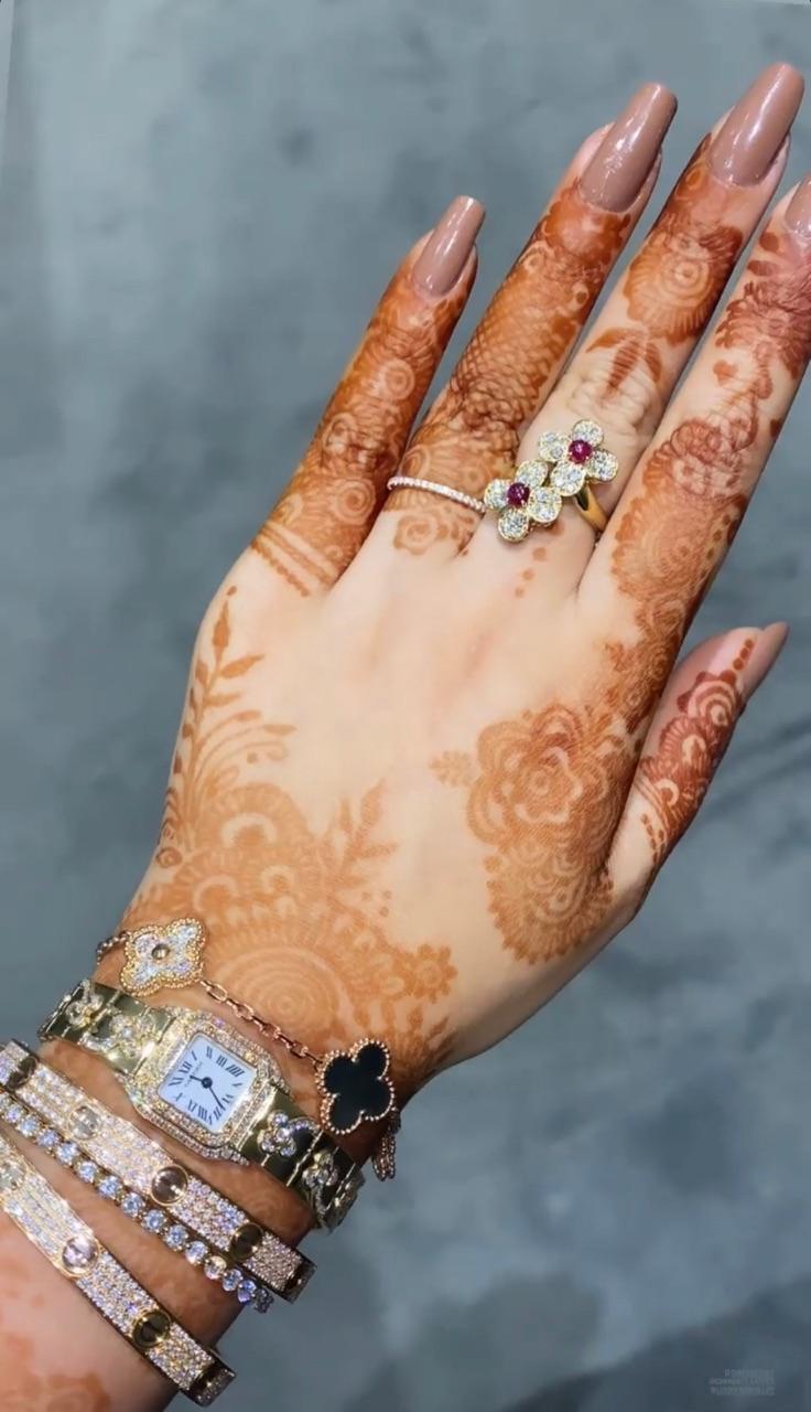 henna and van cleef & arpels image