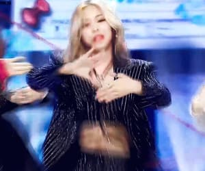 itzy, gifs itzy, and gif image