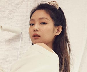 bp, jennie, and previews image