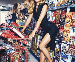 aesthetic, gwyneth paltrow, and housewife image
