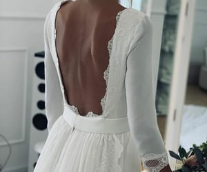 Blanc, dentelle, and dress image