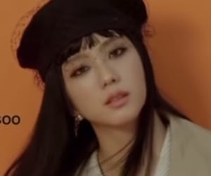 Elle, jisoo, and kpop image
