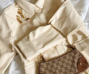 accessories, beige, and details image