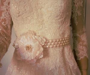 etsy, weddings, and flowers belt image