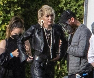 miley cyrus, rocker, and plastic hearts image