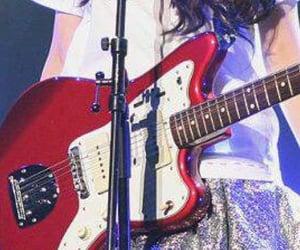 closeup, details, and guitar image