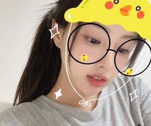 kpop, izone, and hyewon image