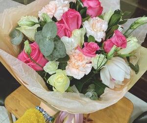 Girls like flowers 🌸