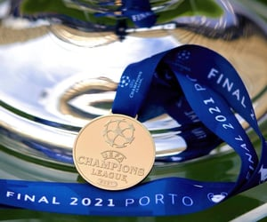 Chelsea, medal, and ucl final image