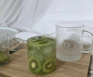 aesthetic, kiwi, and drink image