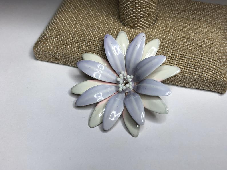 etsy, pink flower, and floral brooch image