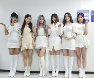girl group, idle, and cube entertainment image