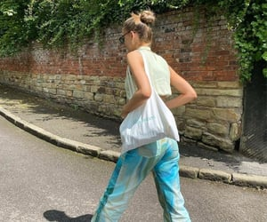 street style, summer, and crop top image