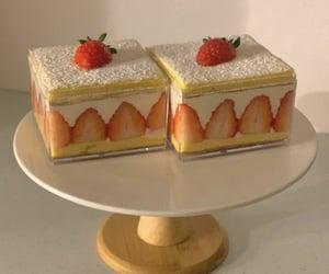 food, korean, and mini cake image