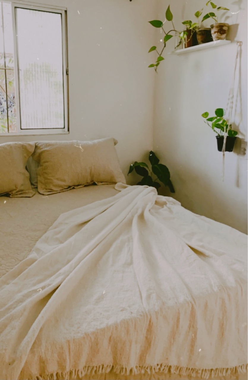 bedroom, clean, and girl image