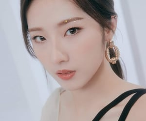 and, haseul, and jo haseul image