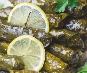 arabian, lemon, and ﻋﺮﺑﻲ image