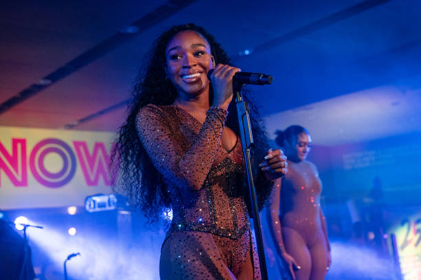 artists, live, and normani image