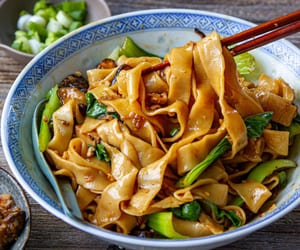 Saucy-homemade-noodles6