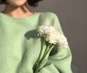 green, aesthetic, and flowers image