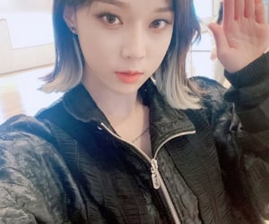 kpop, winter, and minjeong image