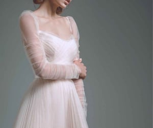 angelic, dreamy, and elegance image