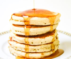 """fullcravings:"""" Fluffy Old Fashioned Pancakes"""""""