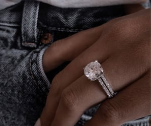 accessory, bague, and brillant image