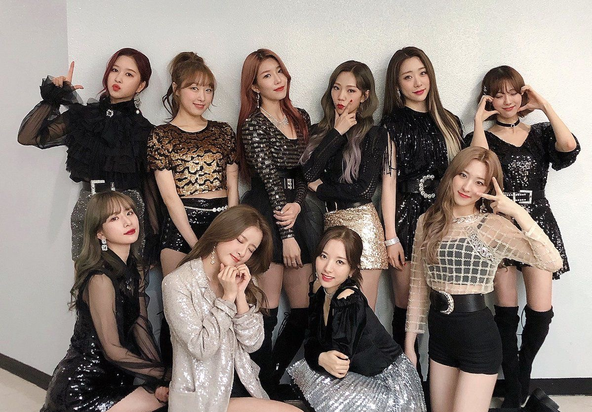 aesthetic, article, and girl group image