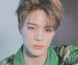 lee jeno, nct, and nct dream image