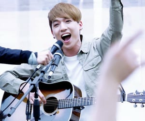 busking, park sungjin, and 160403 image