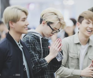 blonde hair, busking, and 160403 image