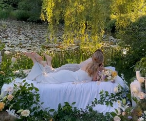 dreamy, elegant, and garden image